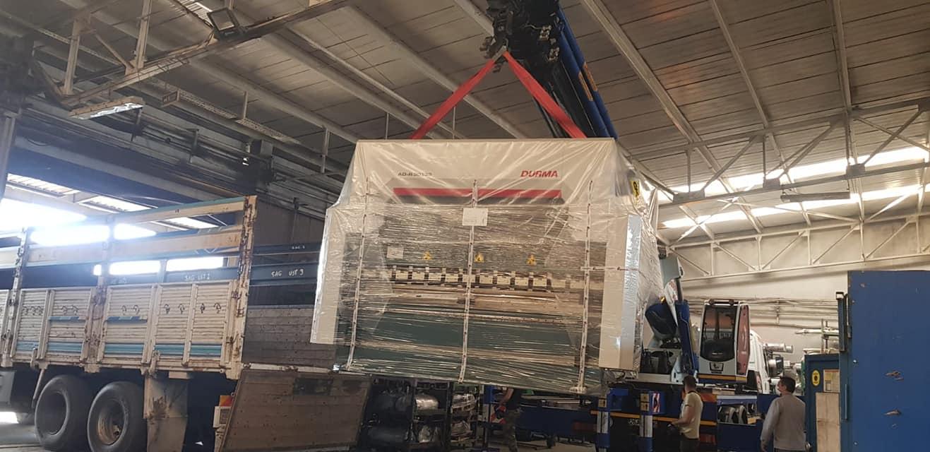 Fabrika-ici-Makine-Montaji